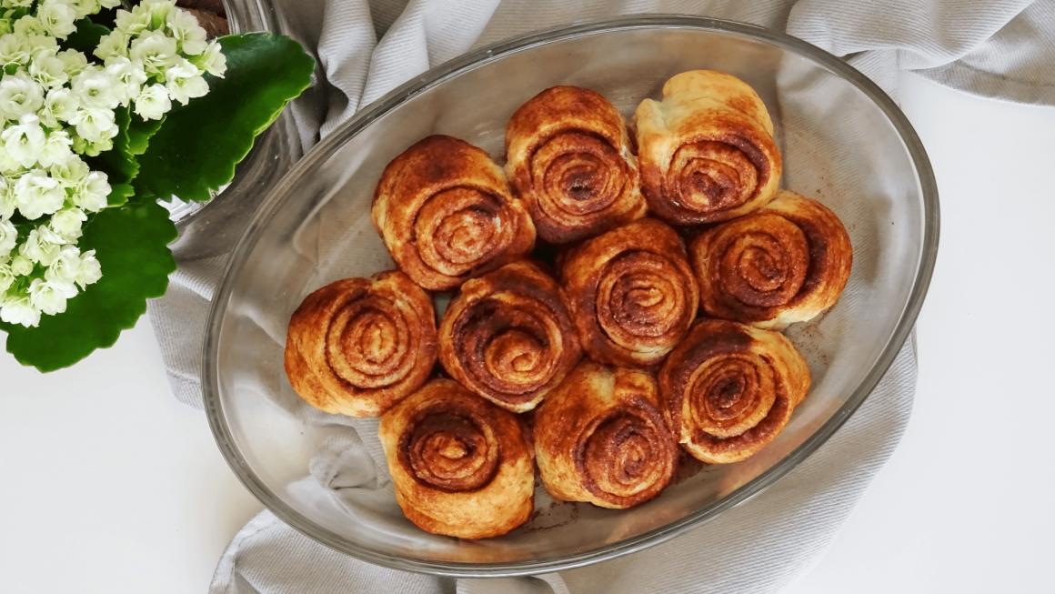 Vegan cinnamol rolls